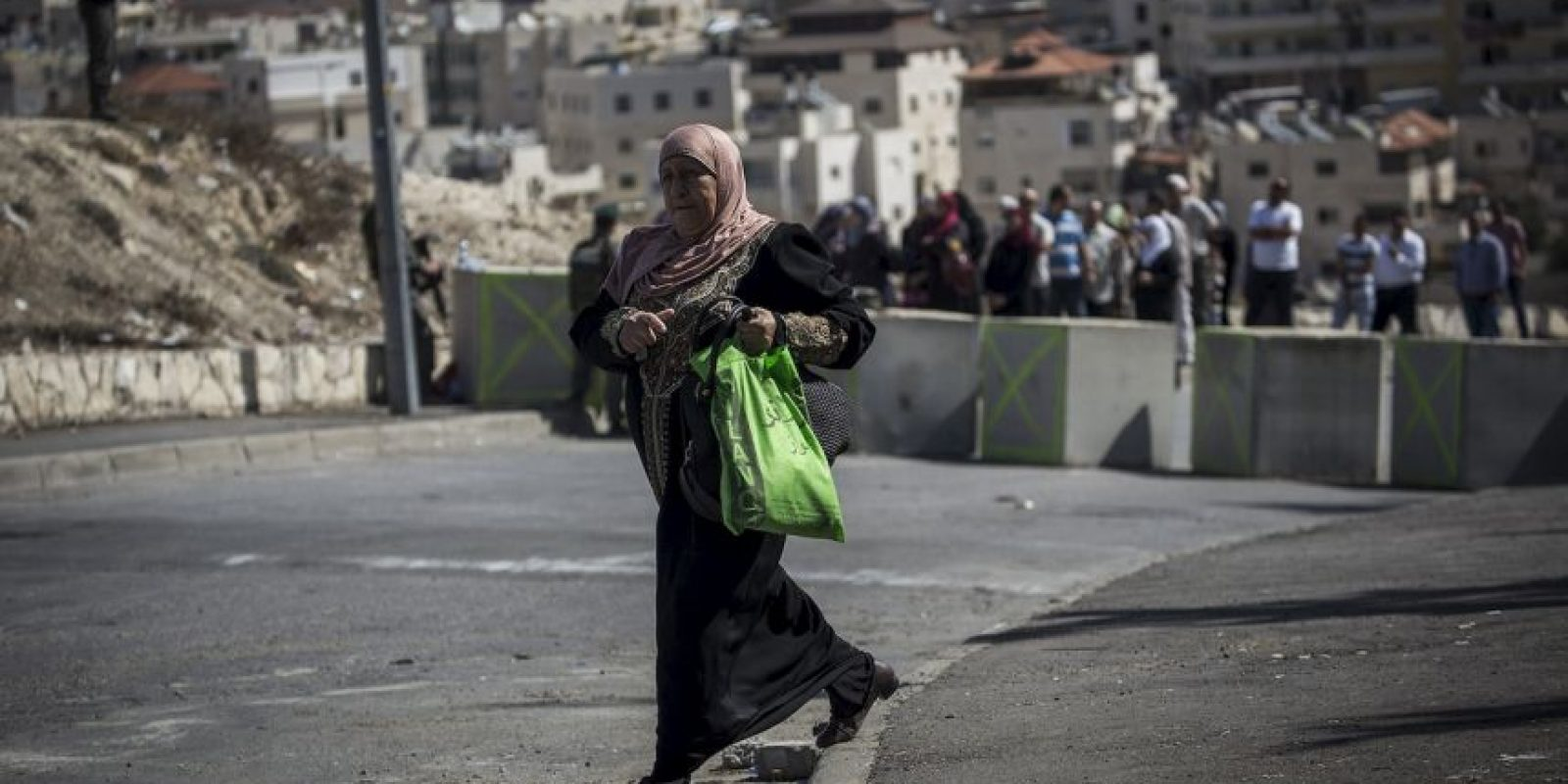 """8. Es medio explica que hay dos territorios palestinos, que son Cisjordania. """"Cisjordania se encuentra entre Jerusalén –reclamada como capital tanto por palestinos como por israelíes– y Jordania, mientras que Gaza es una franja de 41 km de largo y entre 6 y 12 km de ancho"""", reseñó BBC. Foto:Getty Images"""