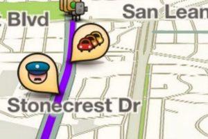 Para evitar que se queden sin batería, conecten el celular a su cargador del automóvil y cierren apps que estén funcionando en segundo plano o utilicen el GPS. Foto:Waze