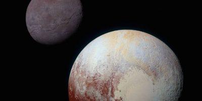 Plutón y su luna Charon Foto:Vía nasa.gov