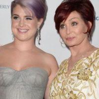 Kelly y Sharon Osbourne Foto:Getty Images
