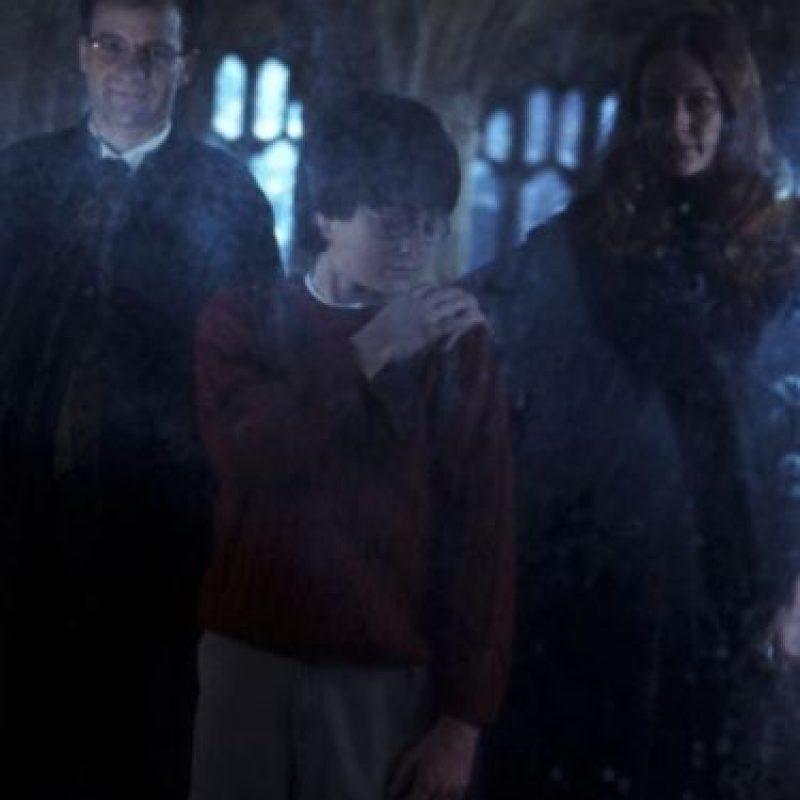 """Como a """"Harry"""" con el recuerdo de sus padres. Foto:vía facebook.com/harrypottermovie"""