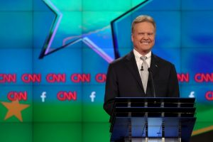 Jim Webb, es uno de los cinco precandidatos del Partido Demócrata. Foto: Getty Images