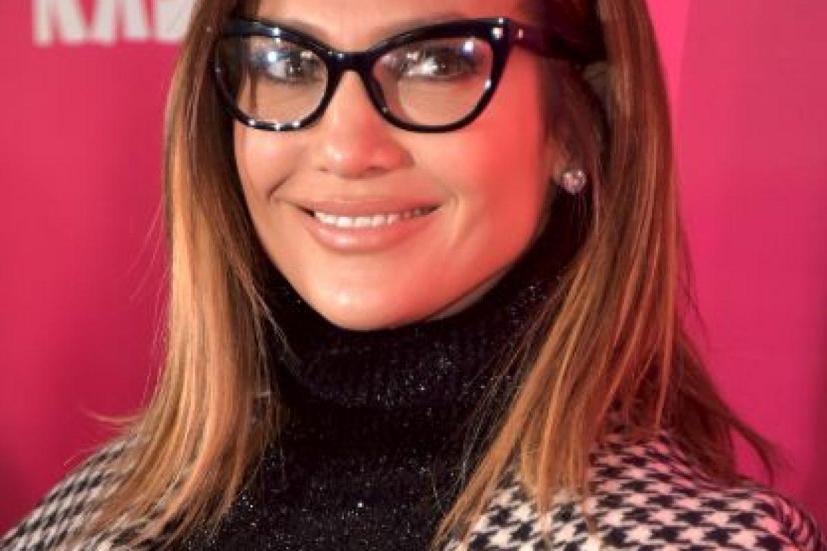 """Usando lentes y más """"tapadita"""" Foto:Getty Images"""