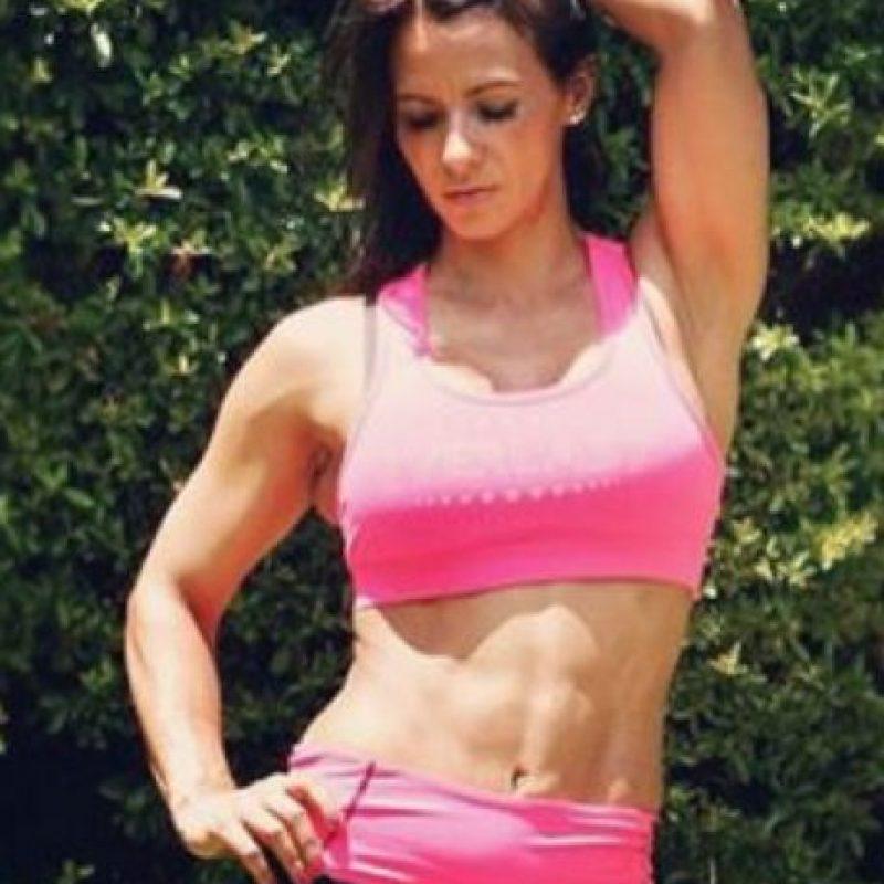 Es una de las mejores exponentes del BodyFitness en Chile Foto:Vía instagram.com/loretosotonunez