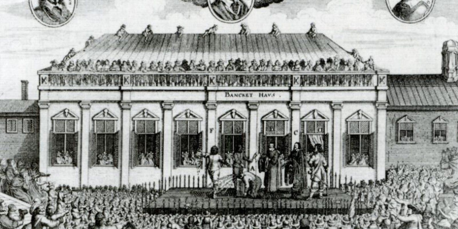 En Inglaterra se hacía con hacha o espada, en Francia con la guillotina. Foto:vía Wikipedia