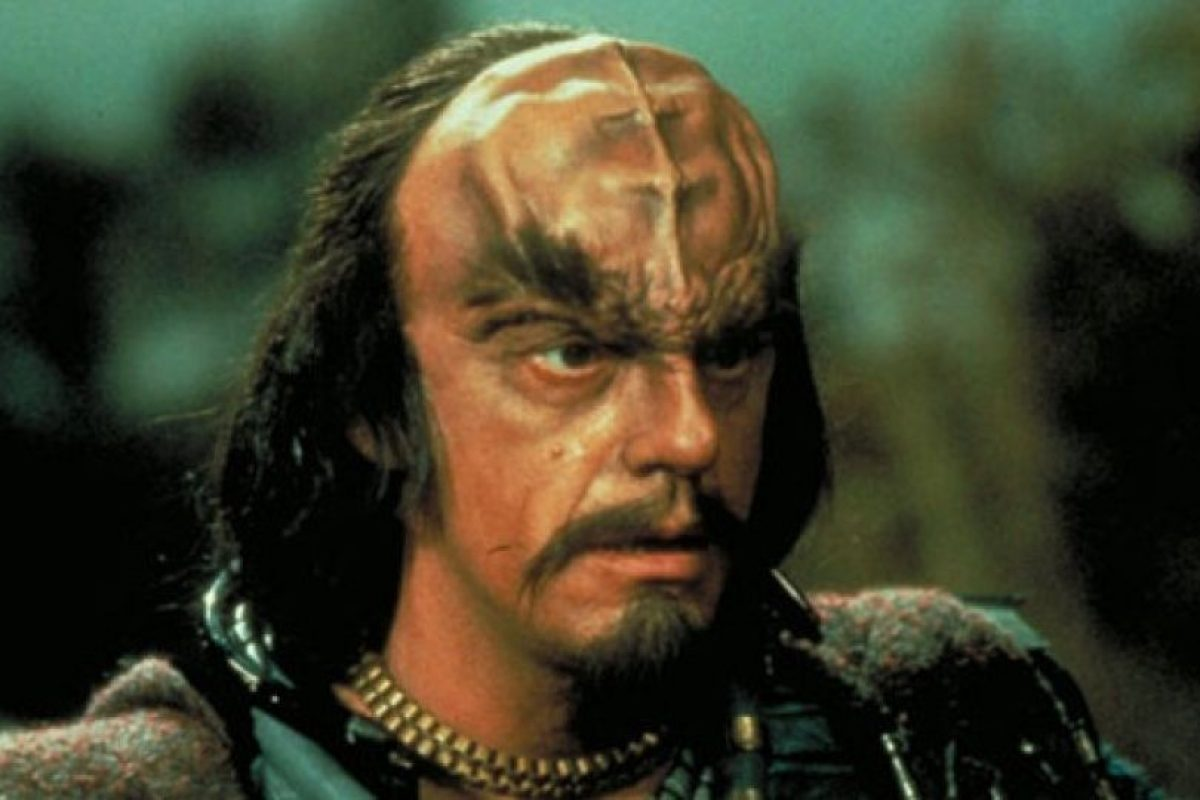 """En 1984 le dio vida al """"Comandante Kruge"""" en la tercera película de """"Star Trek"""" Foto:IMDB"""