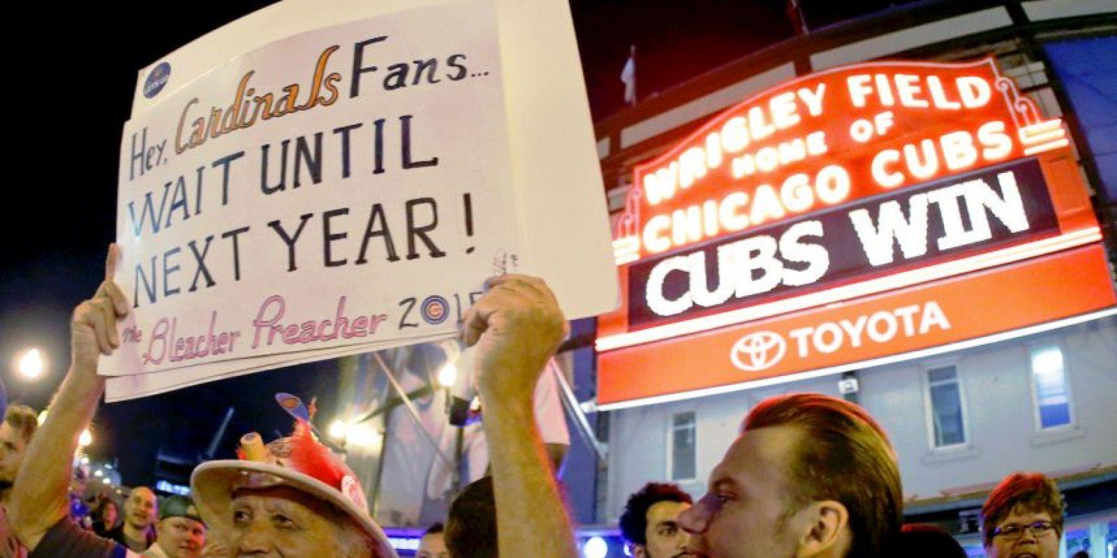 """Sin embargo, hay varios errores que """"empañan"""" la emoción de los Cubs y que no permitirán que la profecía del filme se cumpla puntualmente. Eso sí, si el equipo de Chicago termina campeón de la MLB, nada le quitará la alegría a sus fans. Foto:Getty Images"""