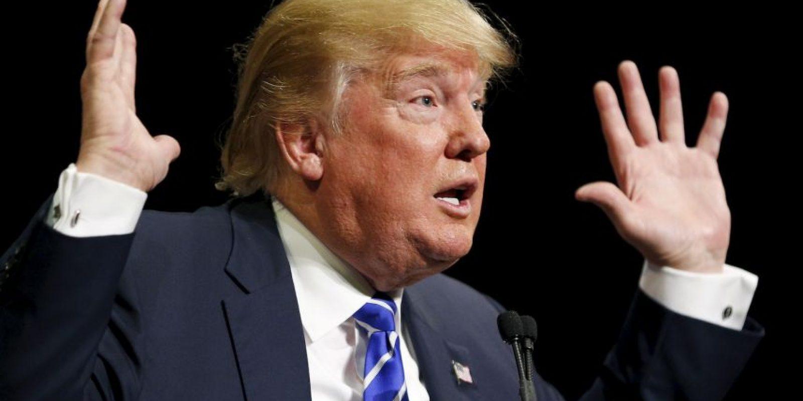 Y Donald Trump aseguró que apoya la decisión y está contento de continuar la batalla contra Clinton. Foto:AP