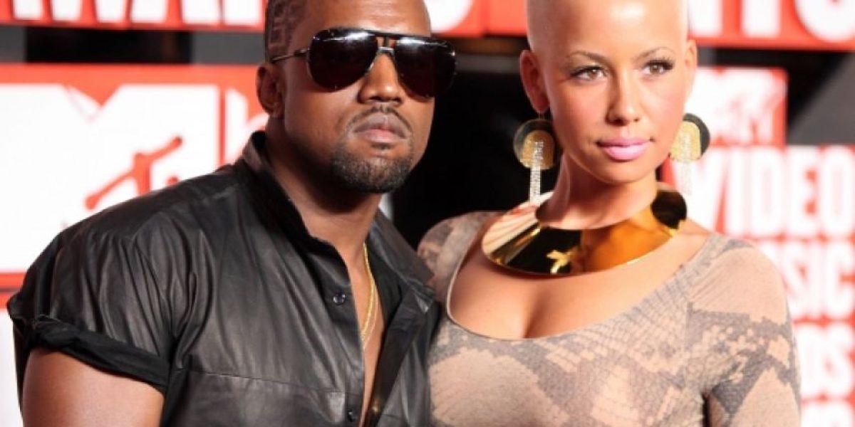 FOTO. La ex de Kanye West posa totalmente al natural para una revista
