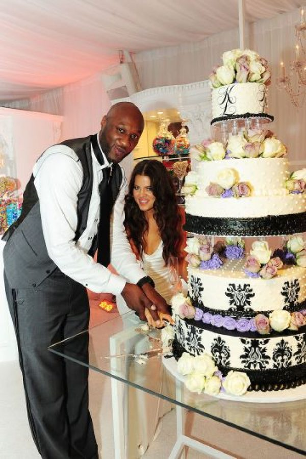 """Después de casarse Khloé Kardashian se convirtió Khloé Kardashian Odom, y la pareja se tatuó las iniciales del otro en sus manos (""""LO&KO"""") Foto:Grosby Group"""