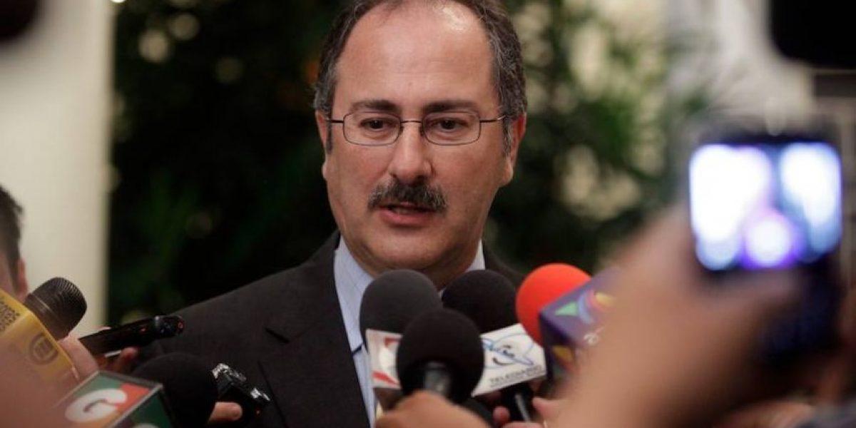 Pedro Muadi renuncia y su curul sería ocupada por allegada de Baldetti