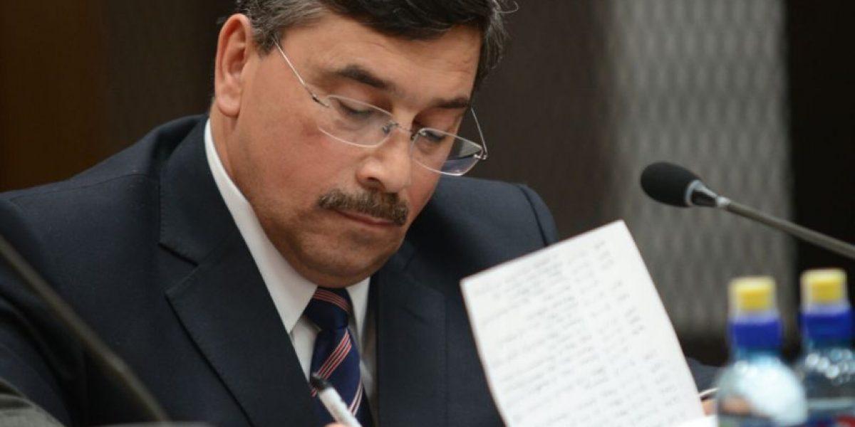"""El político Edgar Barquín ayudó a """"chico dólar"""" con investigación"""