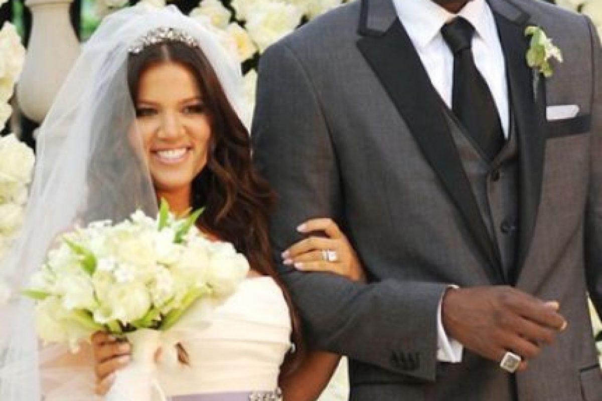 Un mes después de su boda Khloé decidió cambiar su nombre de Khloe Alexandra Kardashian a Khloe Kardashian Odom. Foto:Grosby Group