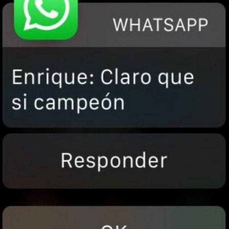 Los mensajes en el Apple Watch. Foto:Twitter