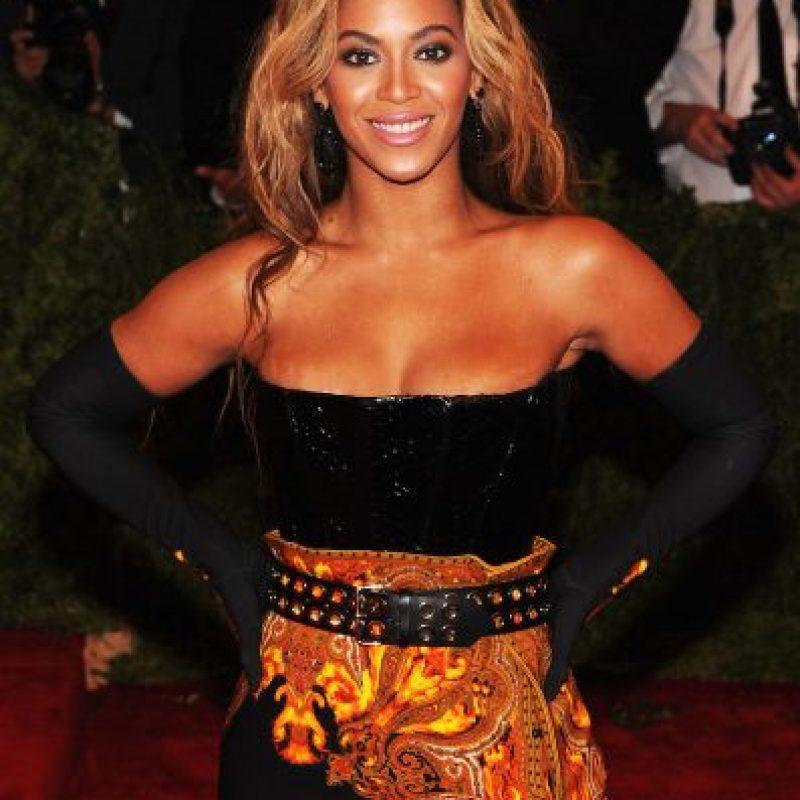 7. La noticia de su embarazo ganó un título en el Libro Mundial de Récords Guinness como el evento con más tuits por segundo, luego de que la anunciara en su actuación en los premios MTV Video Music Awards 2011. Foto:Getty Images