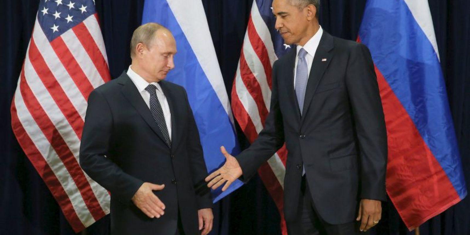 Entre los más recientes estuvo el incómodo saludo entre el presidente de Rusia Vladimir Putin y el presidnete de Estados Unidos, Barack Obama. Foto:Getty Images