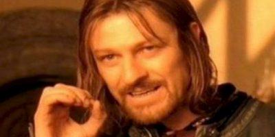 """""""One does not simply"""" mostraba a Sean Bean en su papel de """"Boromir"""", en """"El Señor de los Anillos"""", siendo escéptico. Foto:vía Meme Generator"""