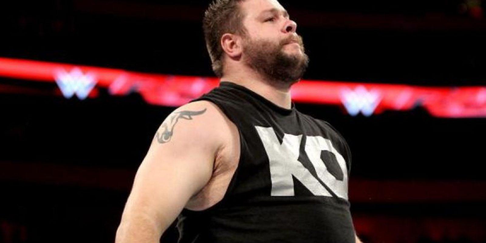 En la segunda lucha, Kevin Owens defenderá el Campeonato Intercontinental Foto:WWE