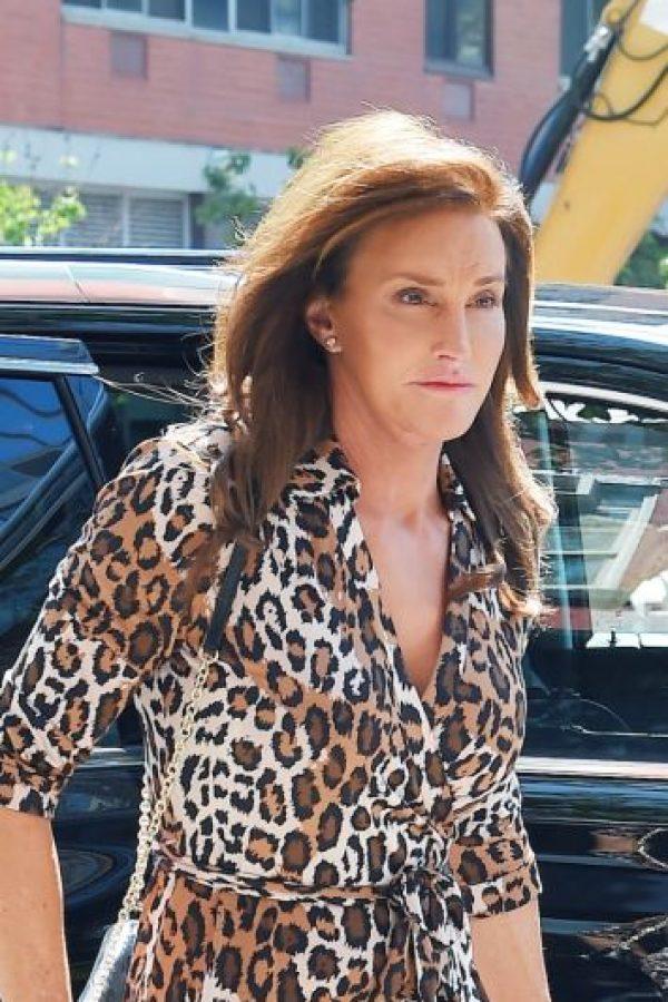 """Cait"" ha recibido diversas críticas por lucir este vestido de ""animal print""… Foto:The Grosby Group"