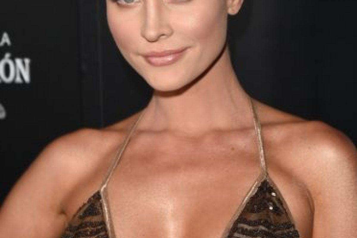 """La modelo polaca-estadounidense le confesó al diario """"The Huffington Post"""" que tenía un tercer pezón. Foto:Getty Images"""