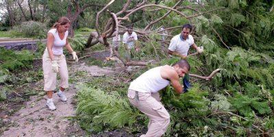 2005, Huracán Katrina. Se formó sobre las Bahamas y comenzó siendo un huracán de categoría 1, tocando tierra en el norte de Miami por primera vez. La fuerza de este fenómeno desplazó a 150 mil personas que se repartieron entre el estado de Texas, el de Luisiana y el de Mississippi. Foto:Getty Images