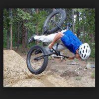 Momentos graciosos en la bici Foto:Pinterest