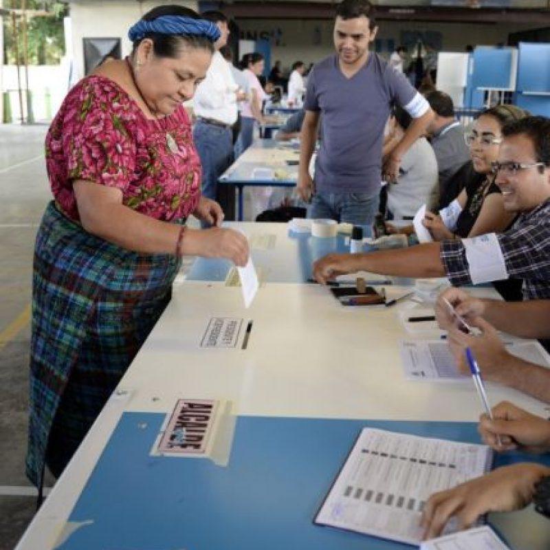 El país elige presidente; entre otros cargos de elección popular. Será la segunda vuelta electoral Foto:AFP