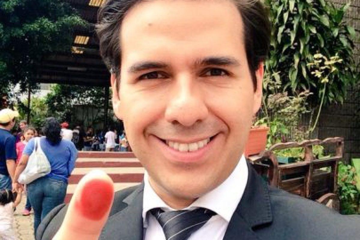 Ovidio Paiz, conductor de televisión Foto:Twitter