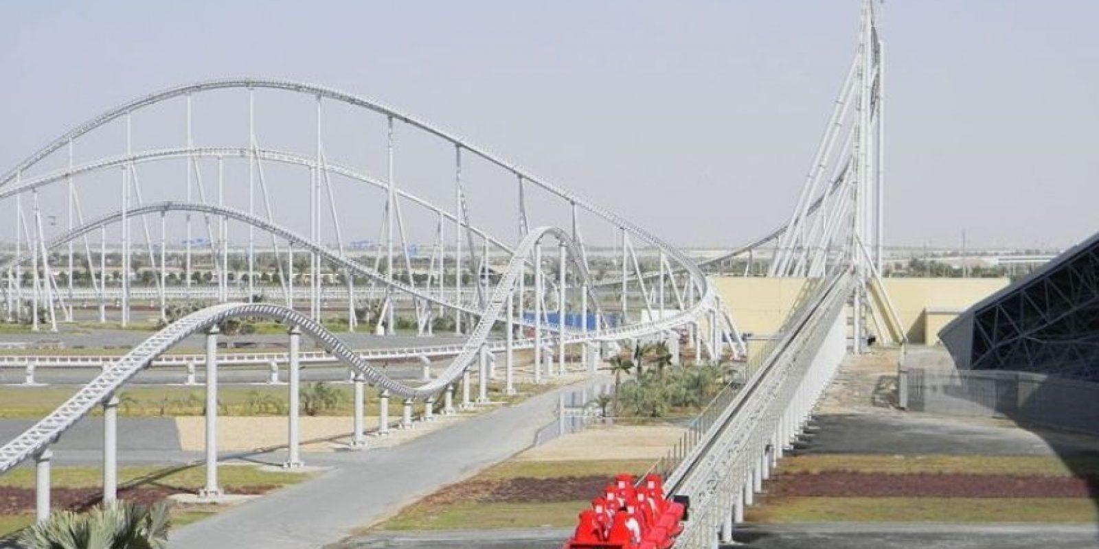 Parque: Ferrari World. Localización: Isla Yas, Abu Dhabi, Emiratos Árabes Unidos. Altura: 52 m. Velocidad: 240 km/h. Longitud: dos mil 70 m. Caída: 51 m Foto:Wikimedia