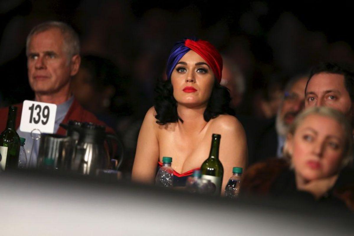 La cantante pidio animó a la multitud para salir y votar. Foto:AFP