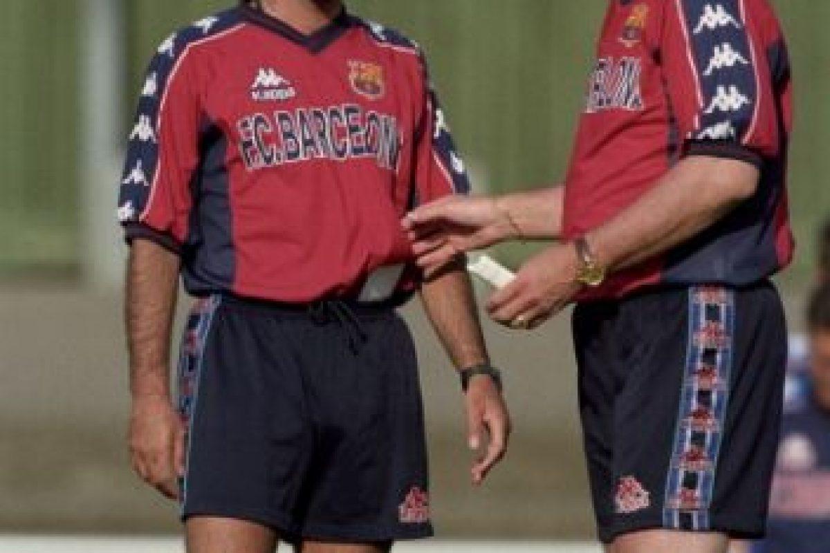 """Tras el despido del inglés, llegó Louis Van Gaal y """"Mou"""" continuó al equipo, hasta que Van Gaal fue despedido en el 2000. Foto:Getty Images"""
