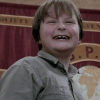 """Su compañerito, """"Charlie Potter"""", fue interpretado por Bruno Jenkins. Foto:vía Warner Bros"""