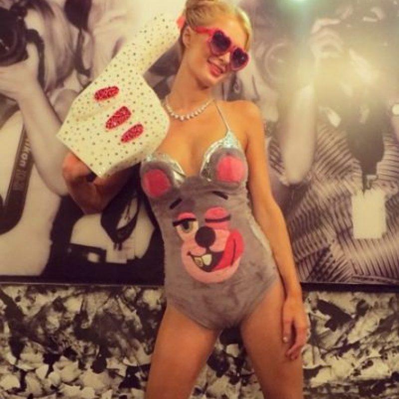 Y no hay que olvidar la parodia de Paris Hilton a Cyrus. Foto:vía instagram.com/parishilton