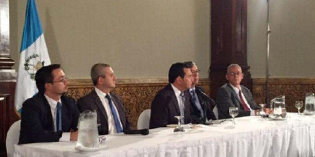 Presidente electo J. Morales presenta equipo de transición