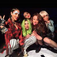 "En la cinta, Eiza González interpreta a ""Jetta"", una de las integrantes de la banda de rock ""The Misfits"". Foto:Instagram/EizaGonzalez"