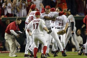 2002 – Angels de Anaheim / Vencieron a los Gigantes de San Francisco en siete juegos. Foto: Getty Images