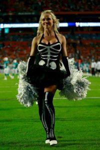 Ella es porrista de los Miami Dolphins. Foto:Getty Images