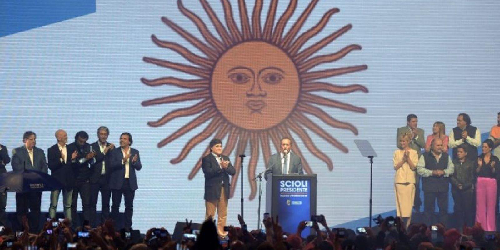 """Y disputará la segunda vuelta con Mauricio Macri, del partido """"Cambiemos"""" Foto:AFP"""