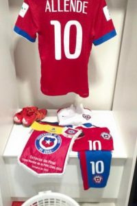 En su debut, empató con Croacia, luego perdió ante Nigeria y venció por goleada a Estados Unidos. Foto:Vía facebook.com/SeleccionChilena