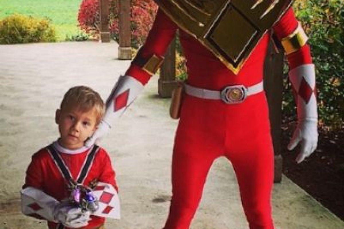 """En Halloween pasado, Justin Bieber sorprendió con este disfraz del """"Power Ranger"""" rojo. Foto:vía instagram.com/justinbieber"""