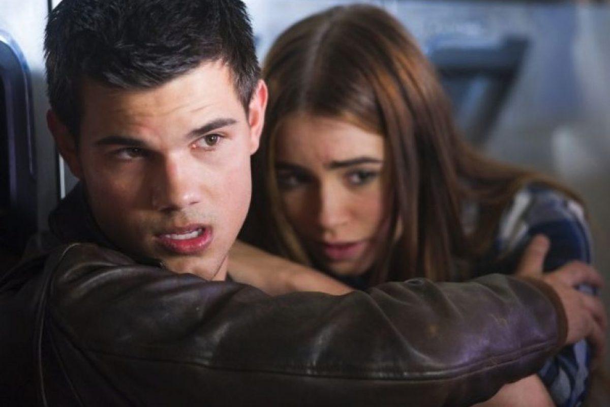 """En 2010, protagonizó """"Sin Salida"""" con Lily Collins. Foto:IMDB"""