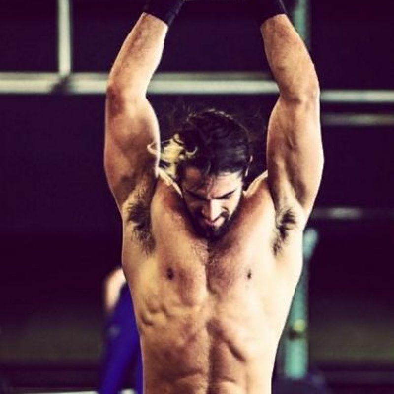 """También posee el título de los Estados Unidos el cual ganó en """"SummerSlam"""" al vencer a John Cena. Foto:Vía instagram.com/wwerollins"""