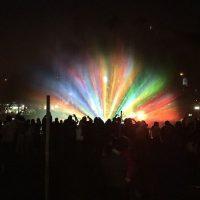 Es cuando las fuentes con luces de colores se vuelven la principal atracción Foto:Instagram.com/tag/search/PlazaDeLaAviacion