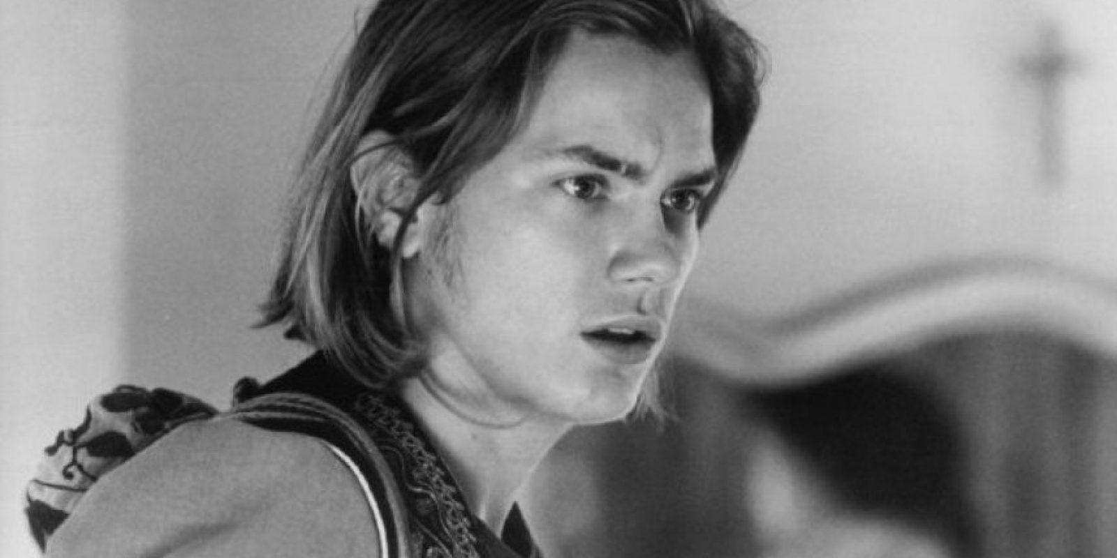 """River Phoenix, fue un famoso galán de la década de los 90. Una de sus cintas más populares fue """"Stand by me"""". Foto:IMDB"""