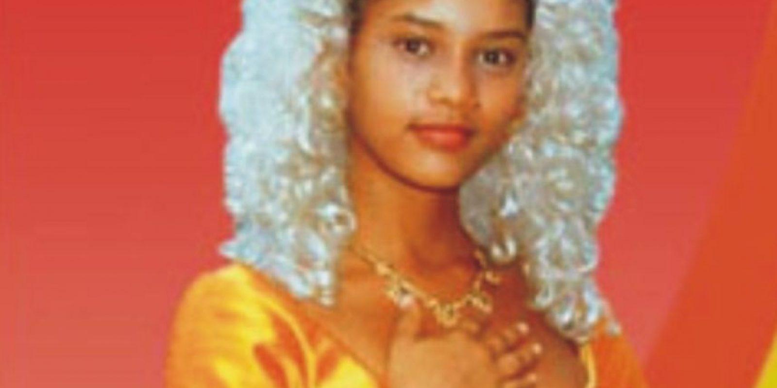 """La rechazaron para un comercial de helados por esto. A lo que ella respondió: """"¿Acaso los negros no comen helado?"""". Sin embargo, rompió paradigmas al ser la primera actriz afro en tener un protagónico en la televisión brasileña. Foto:vía Rede Manchete"""