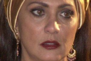 """Eliane Giardini era """"Nazira""""."""