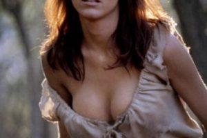 """La actriz francesa Carole Bouquet fue la chica Bond de Roger Moore en la cinta """"For your eyes only·. Foto:Tumbrl"""