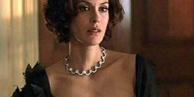 """Teri Hatche fue Paris Carver en """"Tomorrow never dies"""", la segunda película de Pierce Brosnan como James Bond Foto:Vía imdb.com"""