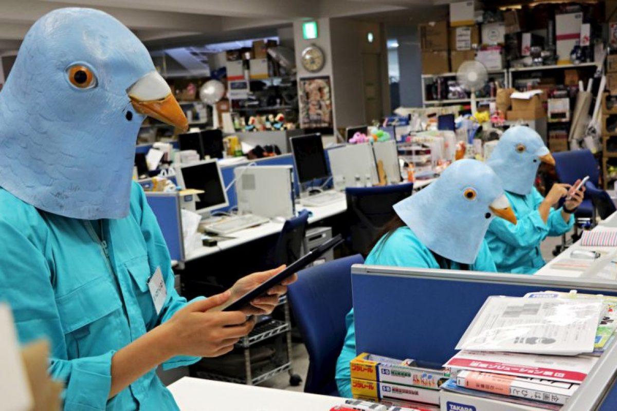 Empleados disfrazados en Japón. Foto:AFP