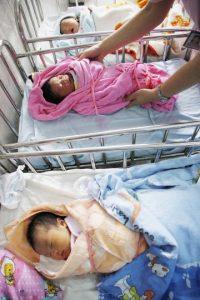 El Partido Comunista de China anunció que las parejas podrán tener dos hijos. Foto:AFP